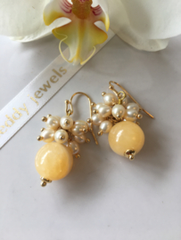 yellow aventurine with champagne pearl earrings