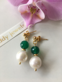 white Edison pearl faceted green onyx earrings