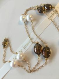 white pearls cognac quartz necklace