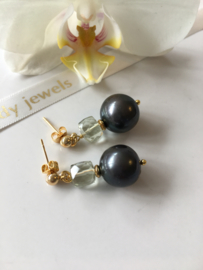 greyblack pearl with green amethyst earrings