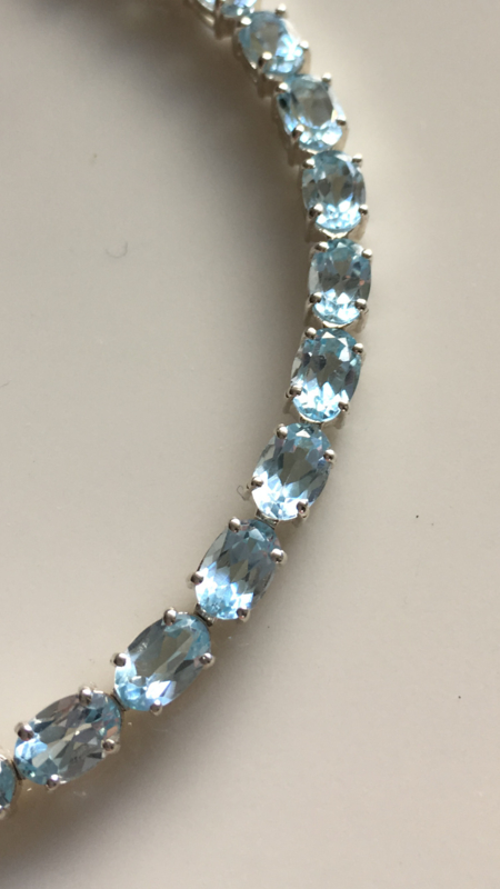blue topaz tennisbracelet (4mm wide)