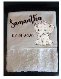 Babydeken | Olifantje met roze strik, naam en geboortedatum