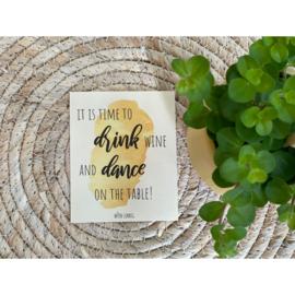Wijnetiket Medium - Dance on the table - Wijn-Zinnig