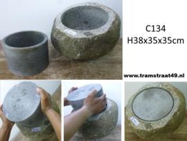 Riviersteen urn C134