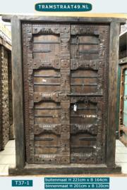 Oude deur kasteelpoort
