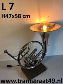 Hoorn tafellamp - muziekinstrument lamp