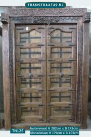 Oude teak deur