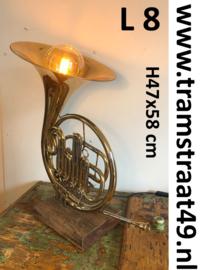 Waldhoorn tafellamp - muziekinstrument lamp