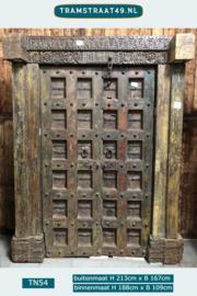 Oude antieke deur TN54