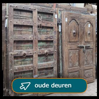 oude deuren als bouwmateriaal