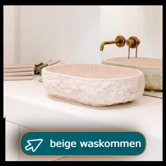 Natuursteen waskom beige / crème kleurig met goudkeurige kraan op wit meubel