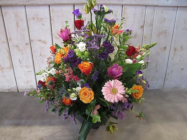 Groot plukbloemen bloemstuk