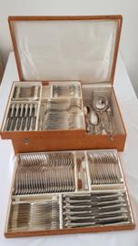 Verzilverde Bestekcassette - 137-delig/12-persoons in Louis XV/Rococo-stijl - Solingen, Duitsland c.1930