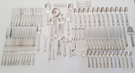 A Christofle canteen of cutlery for 12 - 108-pieces - Marly collection - Canteen of solid oak with 3 drawers