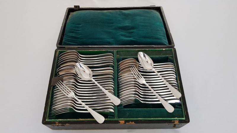 Vve. Charles Halphen/Manufacture de l'Aldenide - Antique chest of cutlery - 67-pieces - Paris, c. 1890