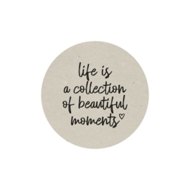 Magneet - Life is a collection of beautiful moments