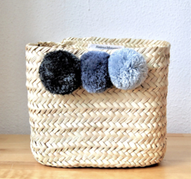 Pom pom square mini box Gray