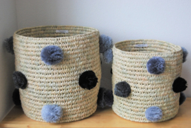 Cylindrical pom pom basket Multi color