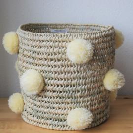 Cylindrical pom pom basket Beige