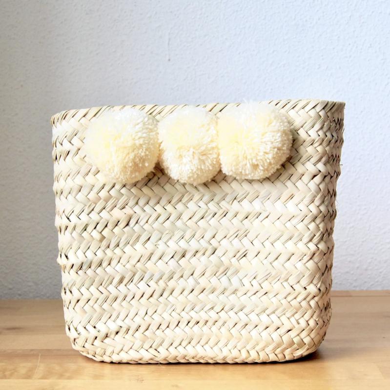 Pom pom square mini box Beige