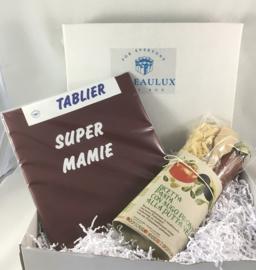 Coffret cadeau  avec tablier avec texte de votre choix et pâtes avec sauce puttanesque et cuillère
