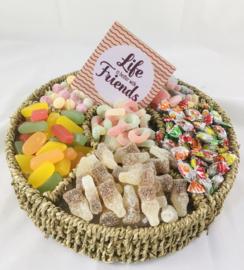 Snoepgoed mand SUIKERVRIJ met onderzetbordje met tekst naar keuze