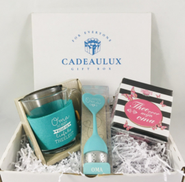 """Thee cadeauset """"liefste oma"""""""