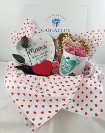 "Snoep giftbox met bambobordje""liefste mama"""