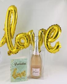 """Ijszak met mousserende ROSÉ  wijn en met wenskaart naar keuze met """"love""""ballon inbegrepen"""