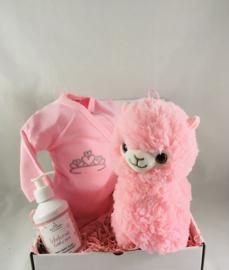 Coffret cadeau avec body avec texte de votre choix ,lama en peluche rose et avec bodywash