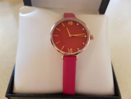 Donker roze horloge met steentjes #17