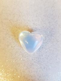 Knuffelsteen Opaliet