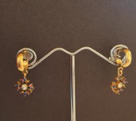 Goudkleurige oorringen met gekleurde steentjes #16