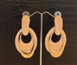 Roze/parelmoer oorhangers #11A