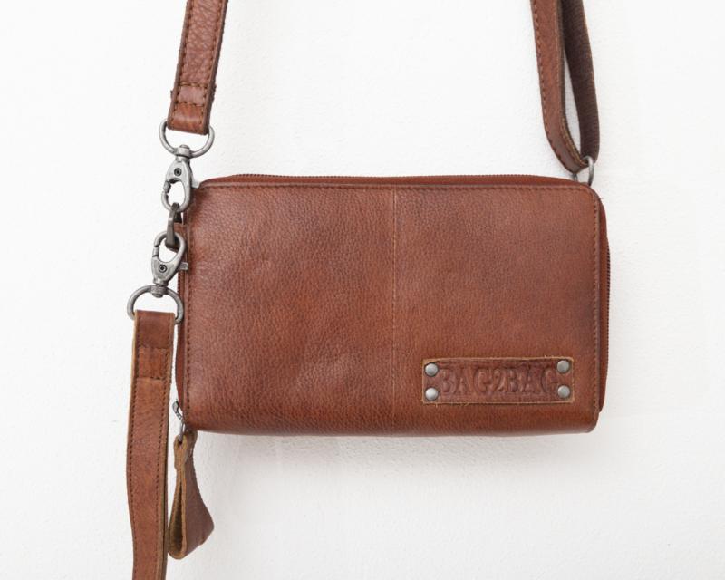 Bag 2 Bag grote wallet met schouderband gibson cognac