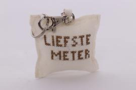 """Sleutelhanger Jute kussentje """" Liefste meter """""""