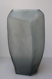 Carved vaas Large