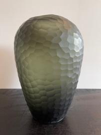 Carved vase organic black/grey