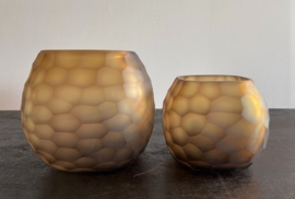 Carved waxinehouder amber small