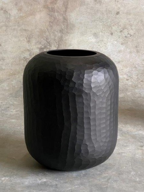 Carved vaas black medium