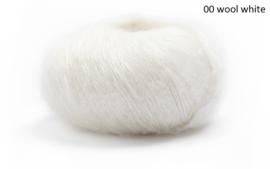 Lamana Premia 00 wool white