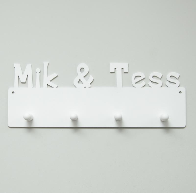 Kapstok Mik & Tess