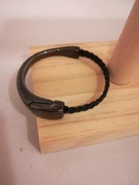 Armband met antraciet magneet sluiting