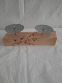 Kandelaar met hout