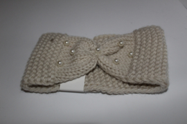 Knitted met parels