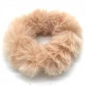Fluffy scrunchie licht roze