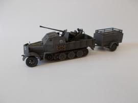 1:72 WW2 German Sdkfz 7/2 Armoured W/Trailer