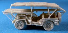 1:76 British Ambulance Jeep