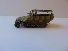 1:72 WW2 German Sdkfz 251/3