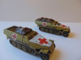 1:72 WW2 German Sdkfz 251/8 Ausf D